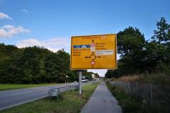 Schild vom neuen Kreisverkehr an der Westumfahrung